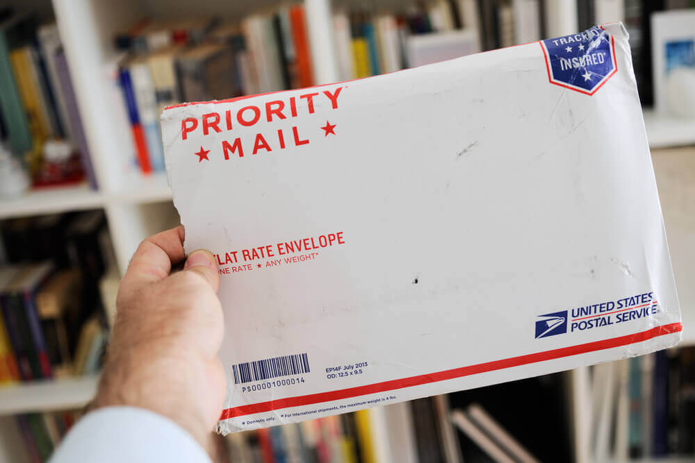 Пакет с письмом