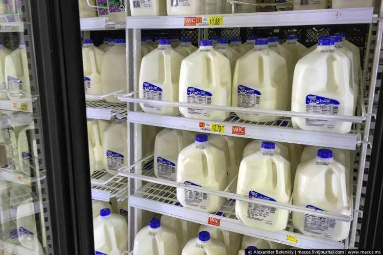 Упаковка молока в США